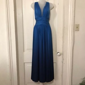 BLUE HALTER MAXI BACKLESS MAXI/PROM DRESS. S/P